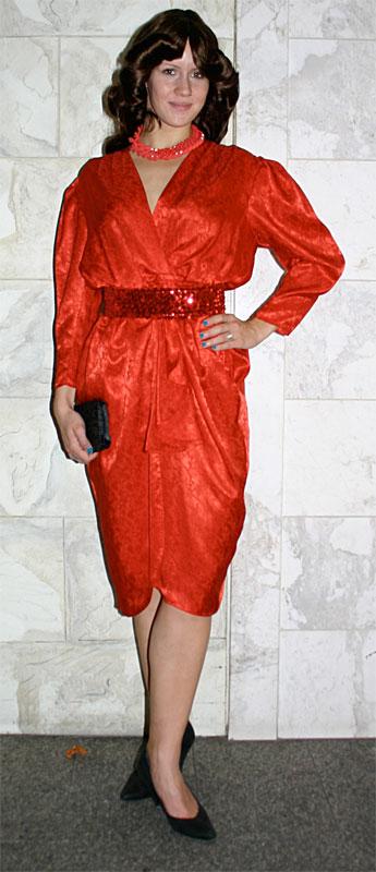 achtziger jahre kleid rot kost mverleih breuer in m nchen. Black Bedroom Furniture Sets. Home Design Ideas