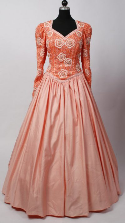 ballkleid-light-orange